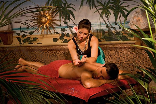 O que é massagem havaiana